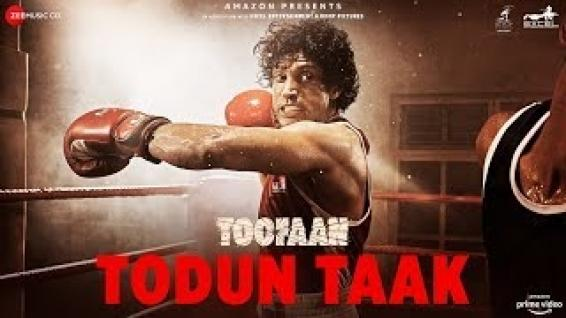'Toofaan' leads the race as Amazon Prime's most watched Hindi film in 2021 (Ld)