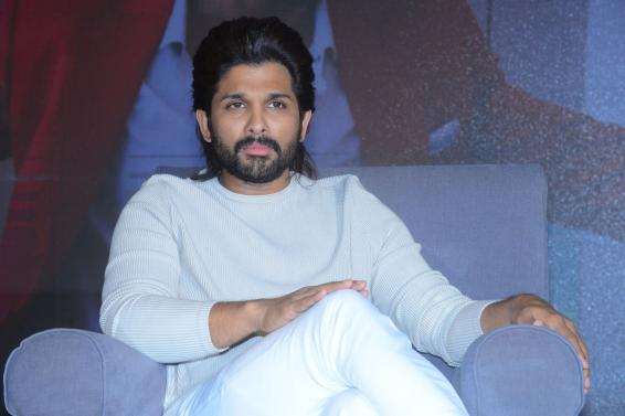Allu Arjun thanks fans for making 'Ala...' a 'magnanimous hit'