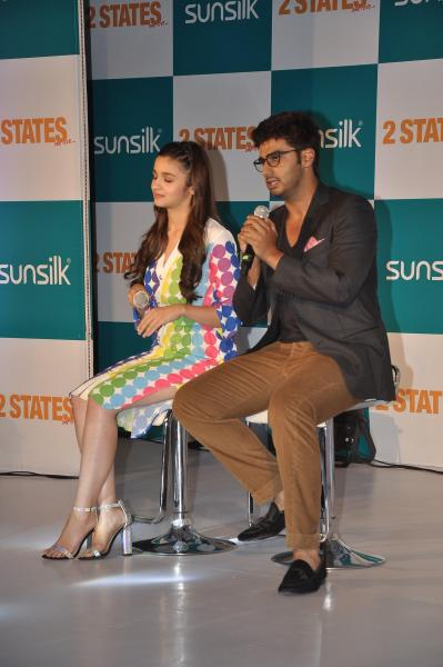 Actors Alia Bhatt and Arjun Kapoor during Sunsilk Hair Experts event to promote their upcoming film 2 States in Mumbai on March 28, 2014. (Photo: IANS)