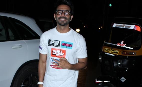 Aparshakti is lucky to have a helpful team