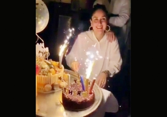 Kareena cuts b'day cake with family, friends and Diljit's song