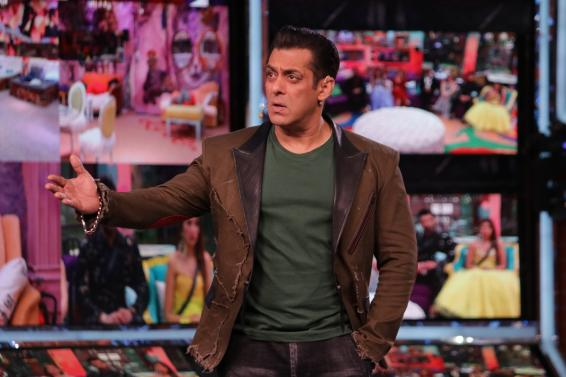 Bigg Boss 13: Salman opens gates for Sidharth, Asim to settle scores