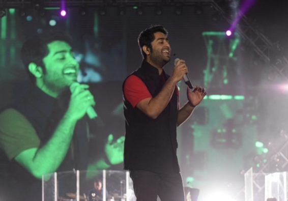 Arijit croons for Himesh's 'Happy Hardy and Heer'