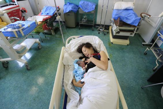 Mothers still face barriers to breastfeed at work: Study
