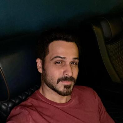 Emraan Hashmi is back to the 'magical dark rooms called theatres'