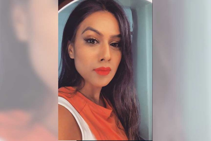 Orange is the new swag for Nia Sharma!
