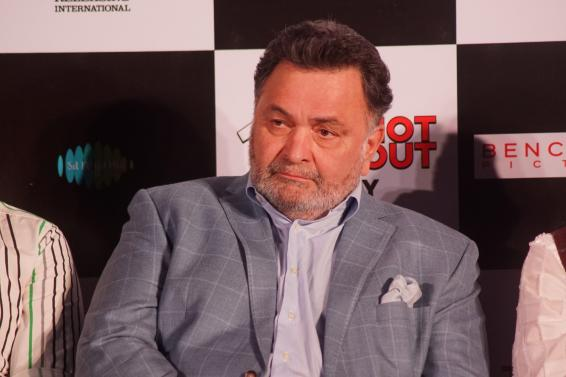 Rishi Kapoor says govt should open liquor shops amid lockdown, gets trolled