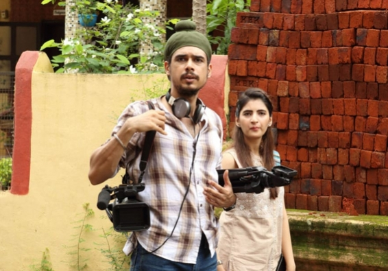 'Posham Pa' doesn't tempt us to invest in its scummy characters (Rating: **)