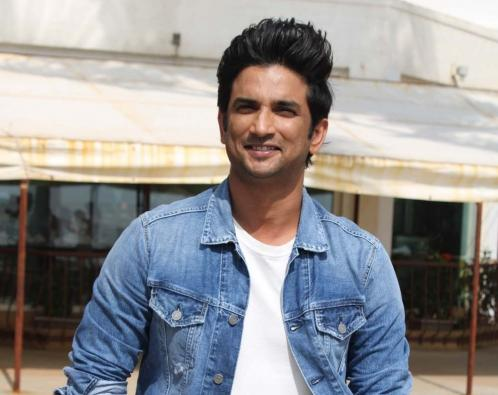 Sushant's friends arrive in Delhi, seek speedy probe