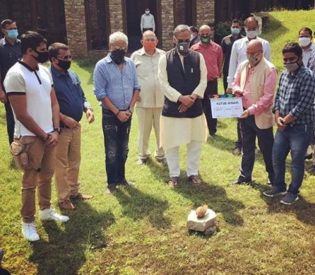 Uttarakhand CM Rawat at muhurat of Karanvir Bohra's latest