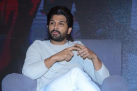 'Arya' turns 17: Allu Arjun recalls how film changed his course as an actor