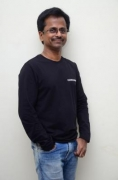 'Ghajini' director AR Murugadoss is one of the producers of '1947'