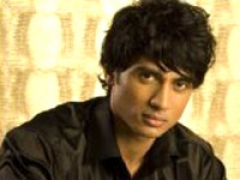 Shiv Pandit ecstatic after landing lead role in Tamil movie