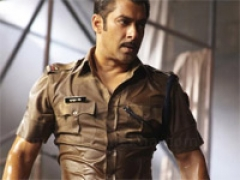 Cops turn entertainers in Bollywood