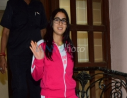 Mumbai: Actress Sara Ali Khan seen at Juhu in Mumbai on March 13, 2020. (Photo: IANS)