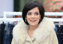 Lily Allen calls new hit song 'shrill'