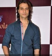 'Bigg Boss' mix of sweet, sour moments: Apurva