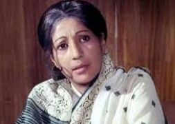 Suchitra Sen not out of danger yet, on oxygen therapy