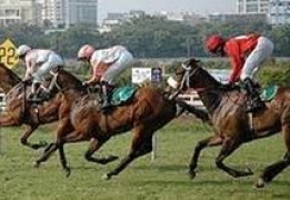 Experience glamour, fashion, racing at Indian Derby 2014