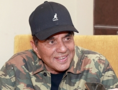 My five decades in films went by in moments: Dharmendra (Interview) By Sugandha Rawal