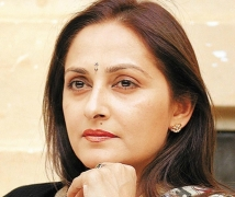 Jayaprada dons greasepaint for Malayalam film after six years