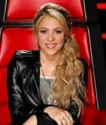 Son gives company to Shakira in studio
