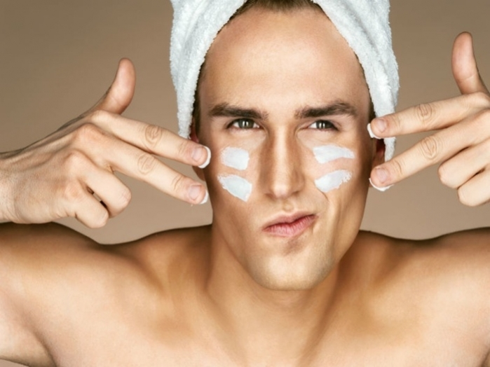 Skin care rules for men this winter