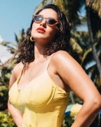 Sunny Leone: Difficult to box with mask on, but safety over comfort