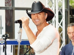Tim McGraw intimidates daughters' boyfriends